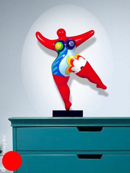 objet unique sculpture Nana en rouge  - hauteur 36 cm