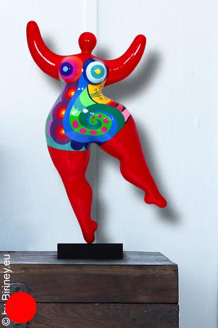 verkauft: Unikat: rote Nana-Figur Höhe 48cm Spiralmuster