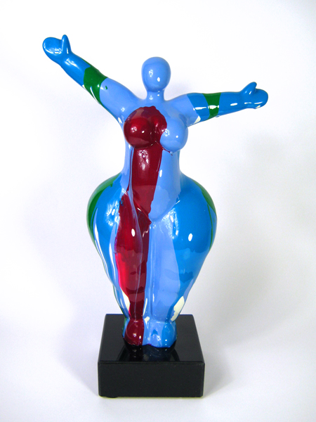 moderne Nana-Figur in Blau Höhe 34cm auf echtem Stein-Sockel