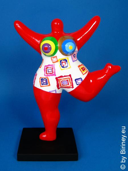 rote Nana-Figur 26cm mit Rechtecken! Keramik
