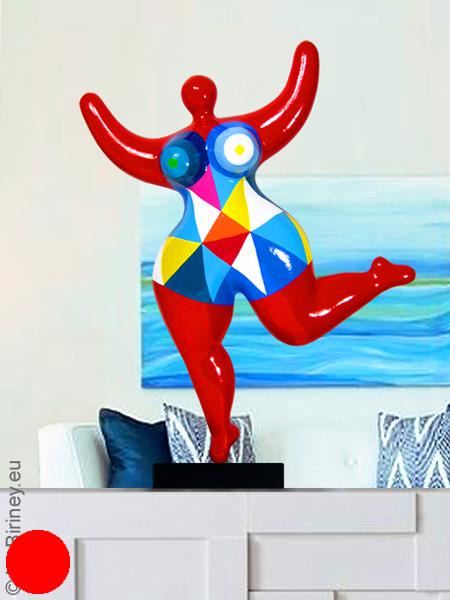 verkauft: Unikat: rote Nana-Figur Höhe 47cm, bunte Dreiecke