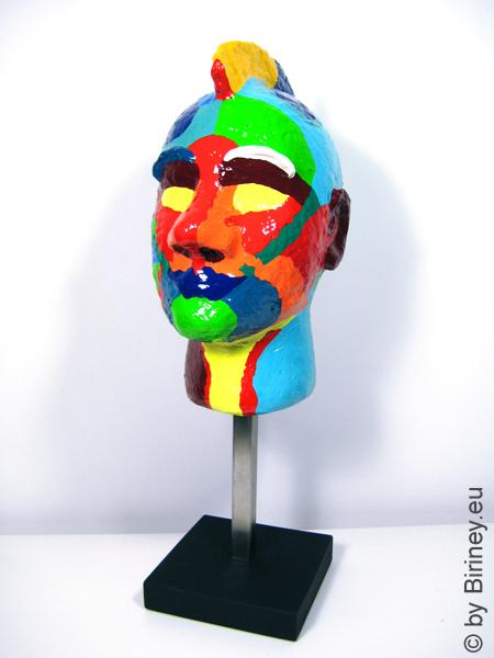 "Portrait-Kopf ""Irokese"" Unikat-Objekt Höhe 52cm Plastik"